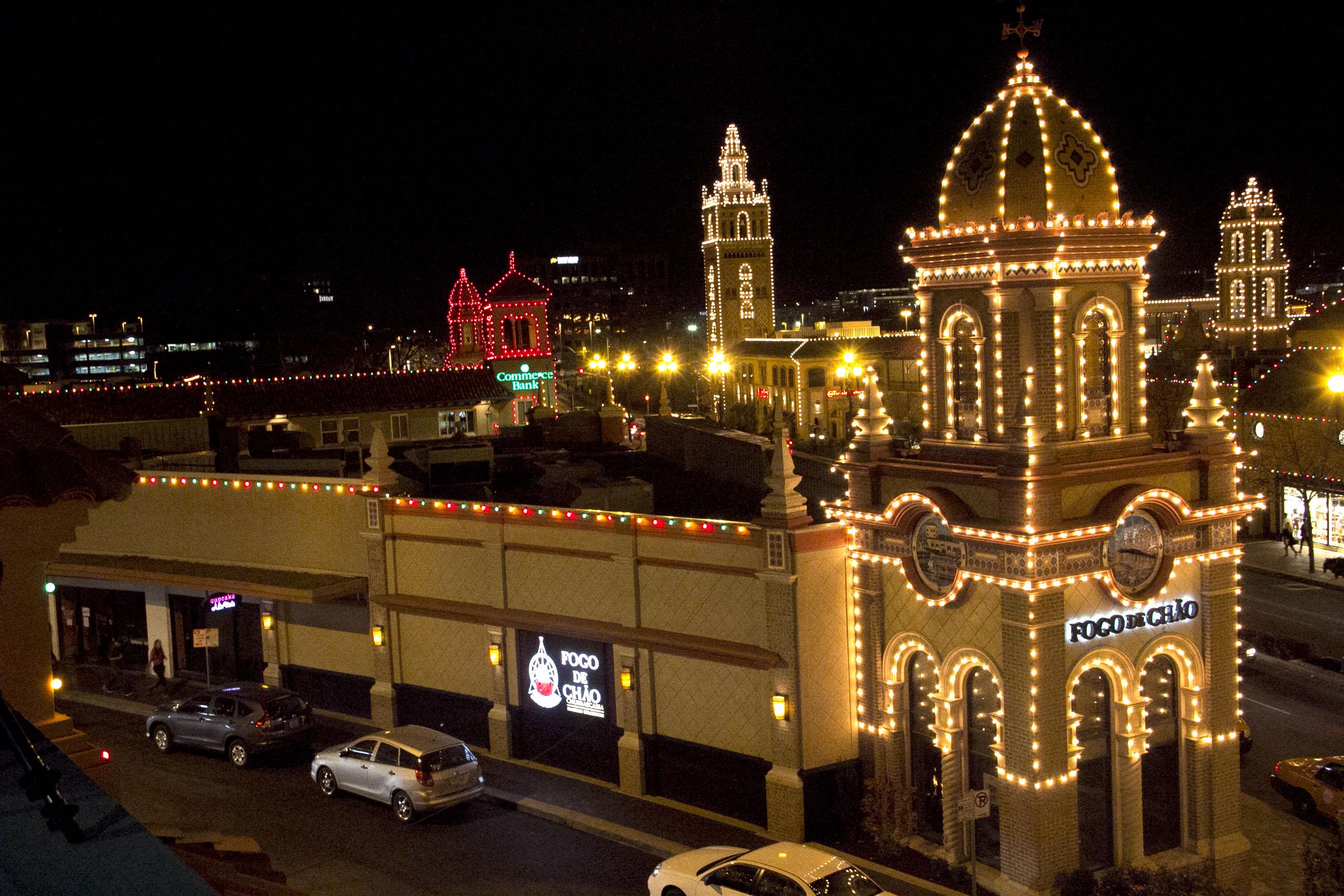 Lighting Up The Night Annual Country Club Plaza Lighting
