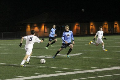 Photo+Gallery%3A+Varsity+soccer+played+Shawnee+Mission+East+at+home+on+Oct.+31%2C+resulted+in+3-0+loss