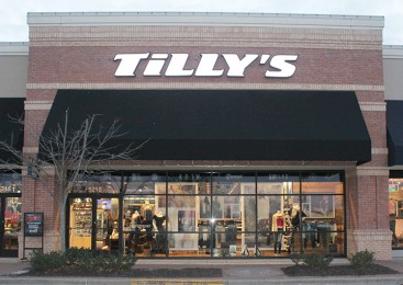 Tilly%27s%3A+New+trendy+store+opened+at+Town+Center+Plaza