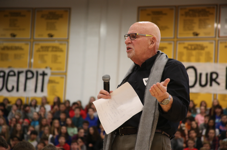 """Standing in front of Blue Valley students, Bob Stutman discusses drug abuse. Stutman is a veteran DEA agent and a drug and alcohol education and prevention specialist. """"We are not here to tell you not to do drugs,"""" Stutman said. """"We are here to raise a generation in knowledge on the dangers of drug consumption."""" Photo by Meredith Halliburton."""