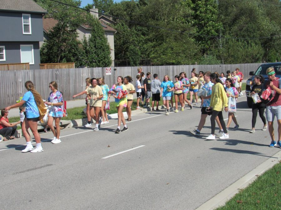 Paving+the+Parade